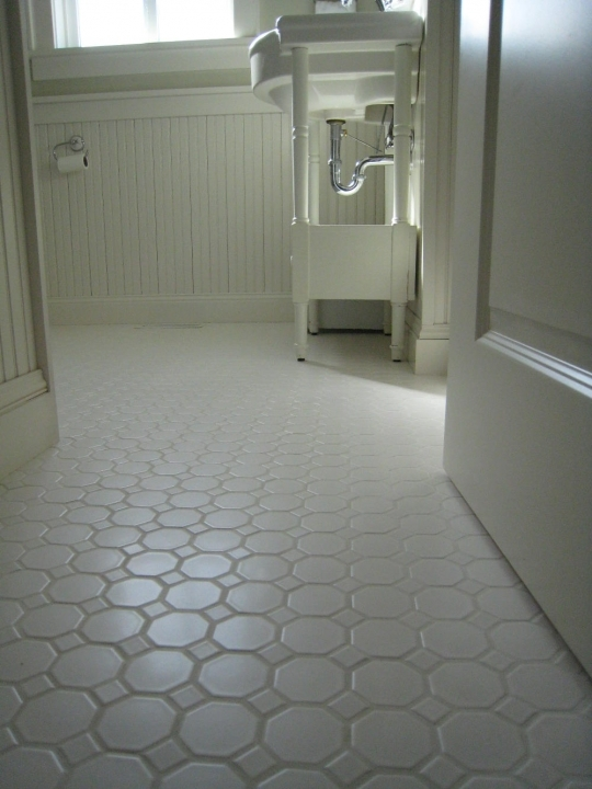 Bathroom Flooring Ideas For Small Bathrooms With Lovely And Exclusive Bathroom Design Ideas