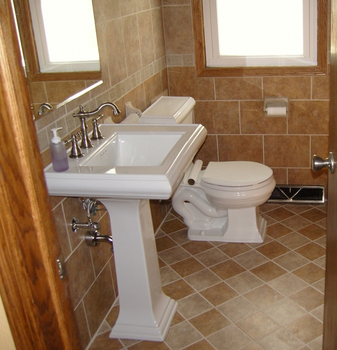 Bathroom Flooring Ideas For Small Bathrooms With Marvelous Interior Classic White Pedestal Sink