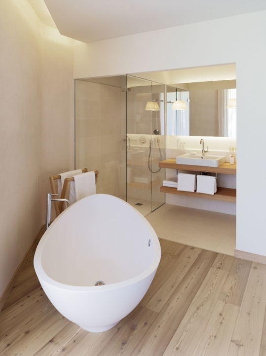 Freestanding Bathtubs Small Spaces Stylish Oval White Acrylic Freestanding Tub On Unpolished Hickory Hardwood Floor 4754