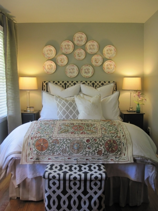 Small Guest Room Decor Inside Lovely Progression Of A Guest Room 6840