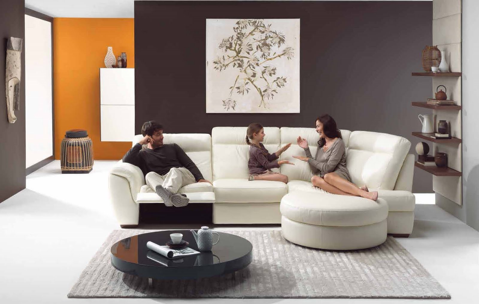 Living Room Decorating For Small Spaces