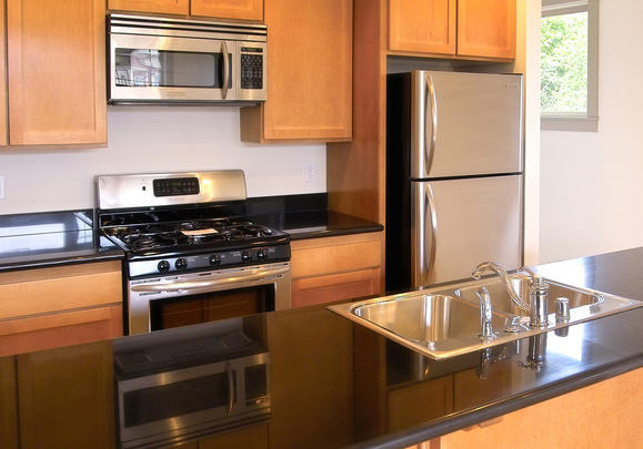 Modern Small Kitchen Cabinets Design Ideas Photos 08 Small Room Decorating Ideas