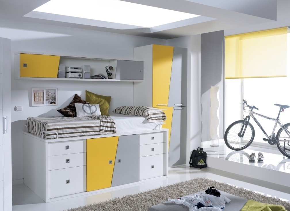 Cosy Small Cabin Beds For Kids Room Decoration Ideas