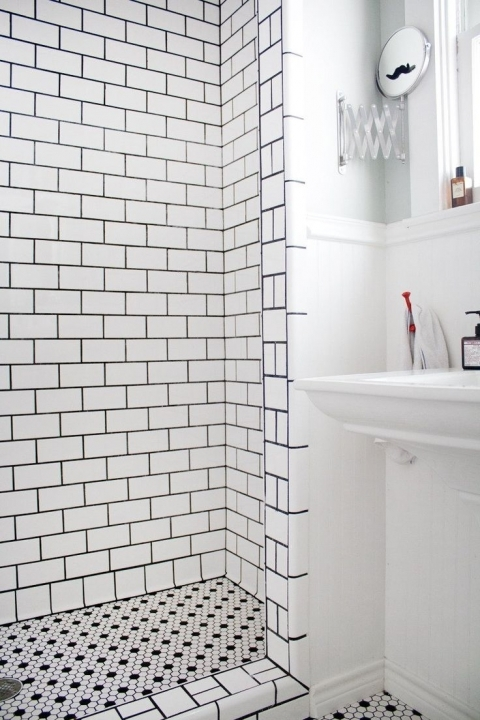Extraordinary Small Bathroom Remodeling Subway Tile White Wall Paint Color And Modern Mirrored Subway Tiles