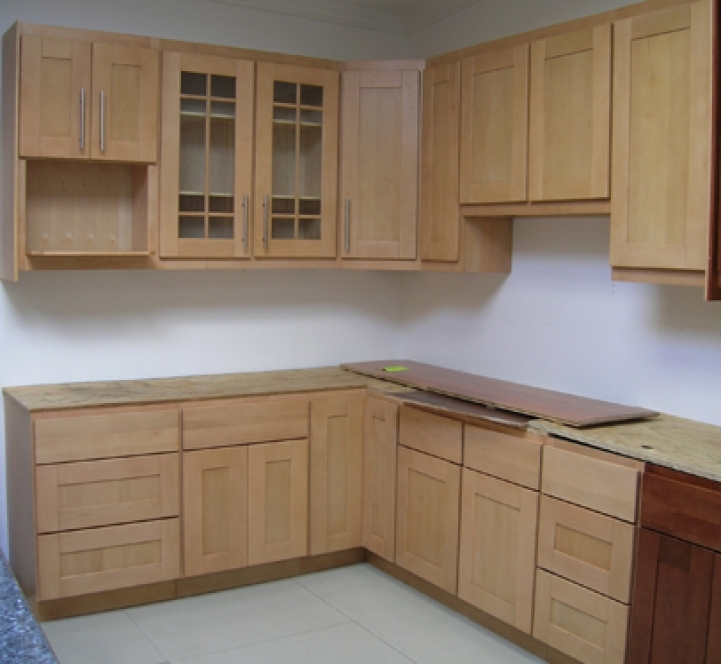 Kitchen Cupboard Designs For Small Kitchens With Excellent Maple Shaker Kitchen Cabinet 0641
