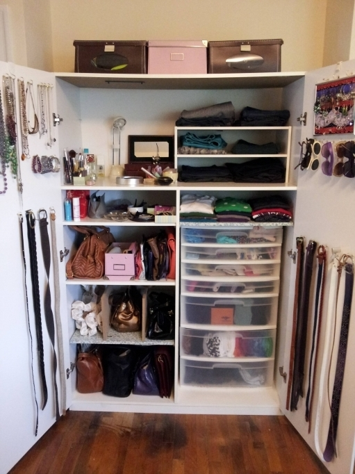Small Closet Ideas To Organize A Lot Of Clothing In Very Little Space Pictures