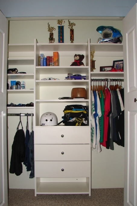 Small Closet Ideas With Attractive Helmet On The Top Position For Bedroom Design Photo