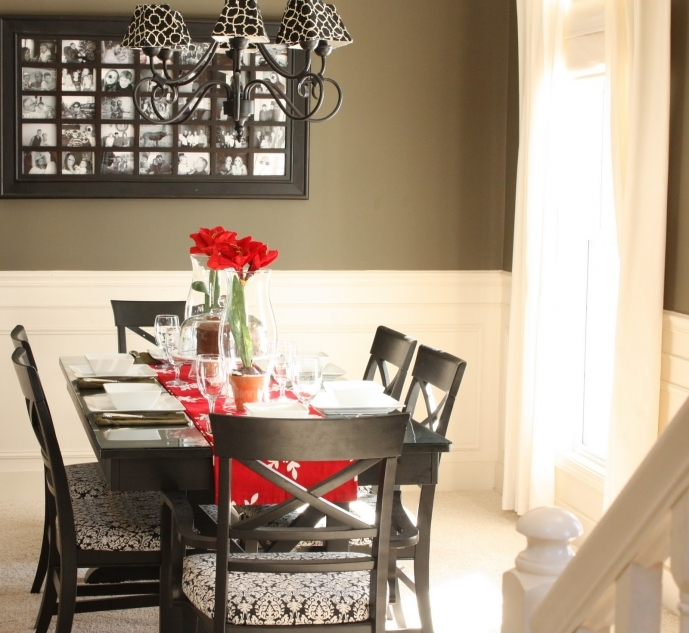 Small Dining Room Decorating Ideas With Glass Dining Table Centerpieces And Red Roses Vase Photos 30